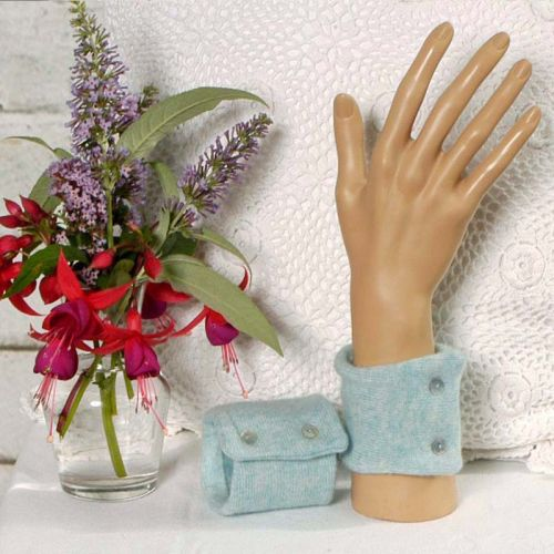 100% Cashmere Wrist Warmers in a Mottled Turquoise