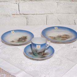 Japanese Fine Porcelain Set