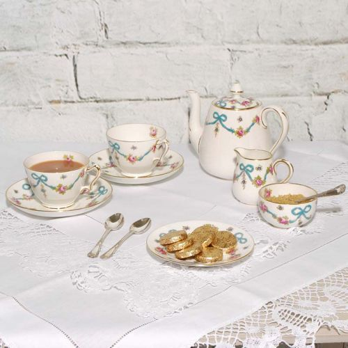 Pretty 1930's Tea Set Set for Two